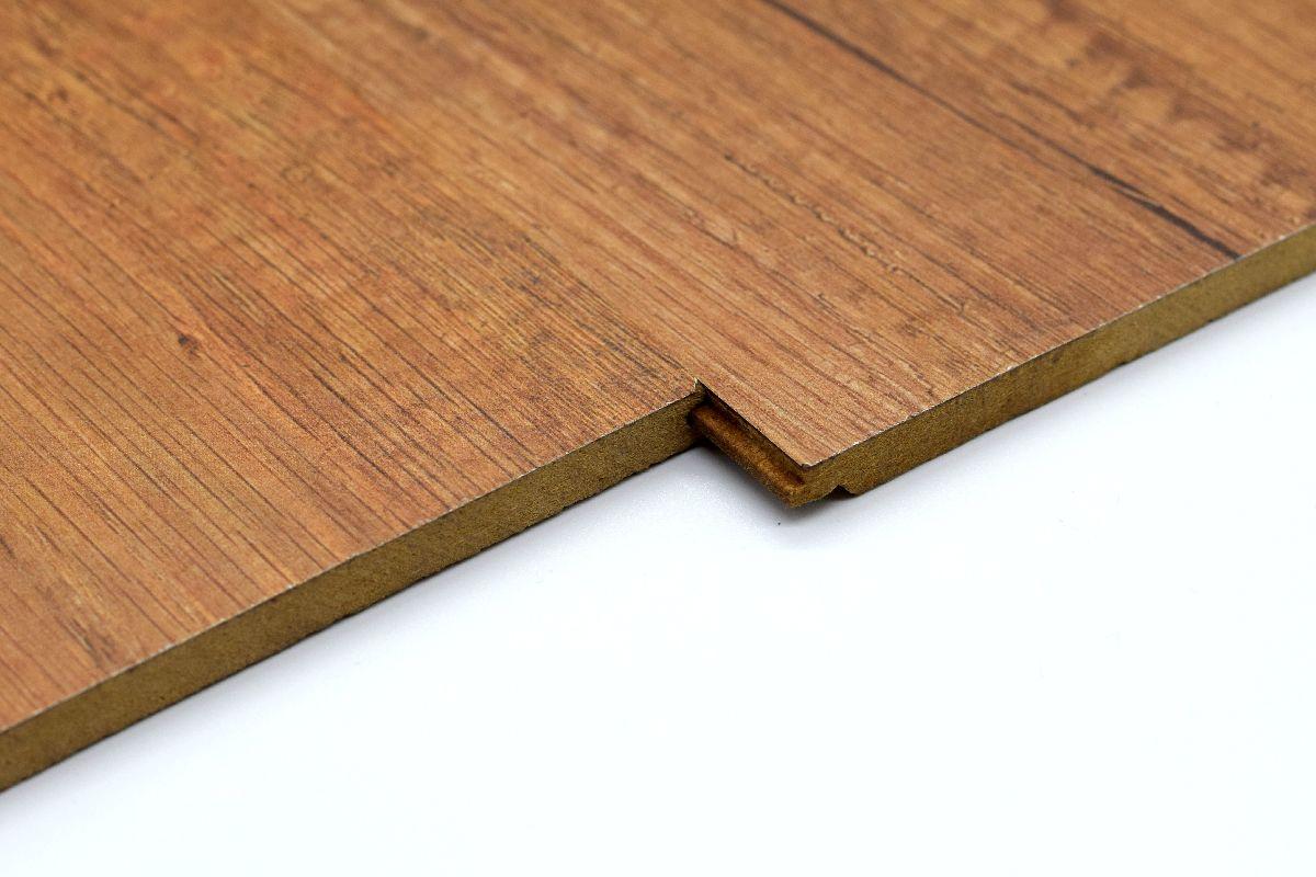 wangenverkleidung - klick-system - treppenrenovierung mit treppen kraus